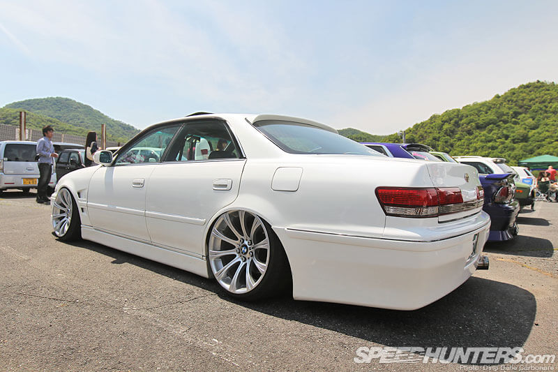 set of BMW 19-inch wheels-Hellaflush Kansai: More Slammed Awesomeness-autocraze