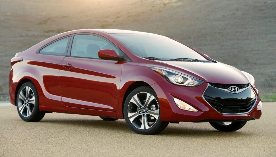 Hyundai_Elantra_Rims_AutoCraze_2017