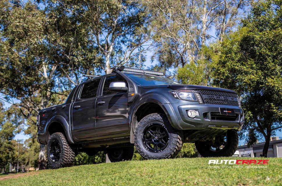 Ford Ranger Hostile Havoc Asphalt wheels nitto trail grappler tyres front shot
