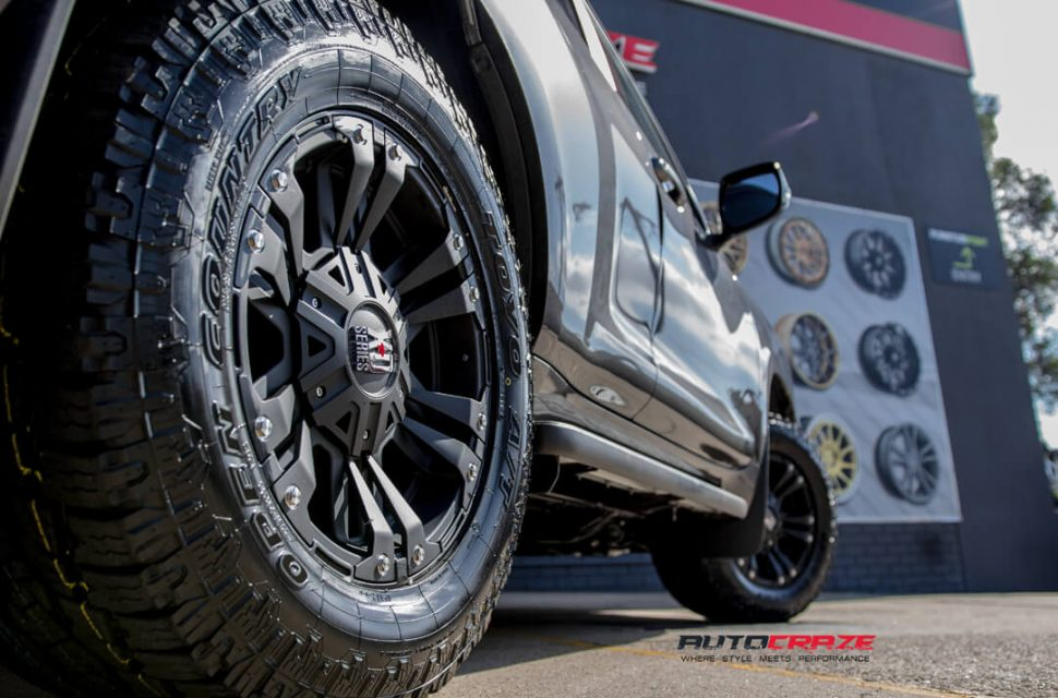 Toyota Prado KMC Monster 2 Toyo Open Country Rear Fitment Close
