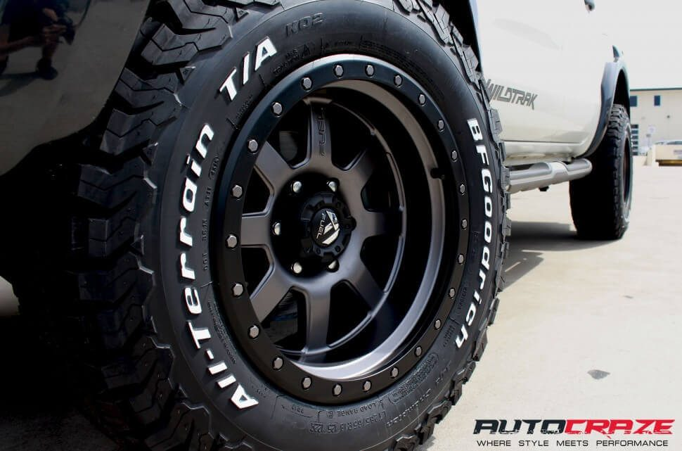 White Ford Ranger Wildtrack Fuel Trophy 18x10 BF Goodrich Wheel Close Up