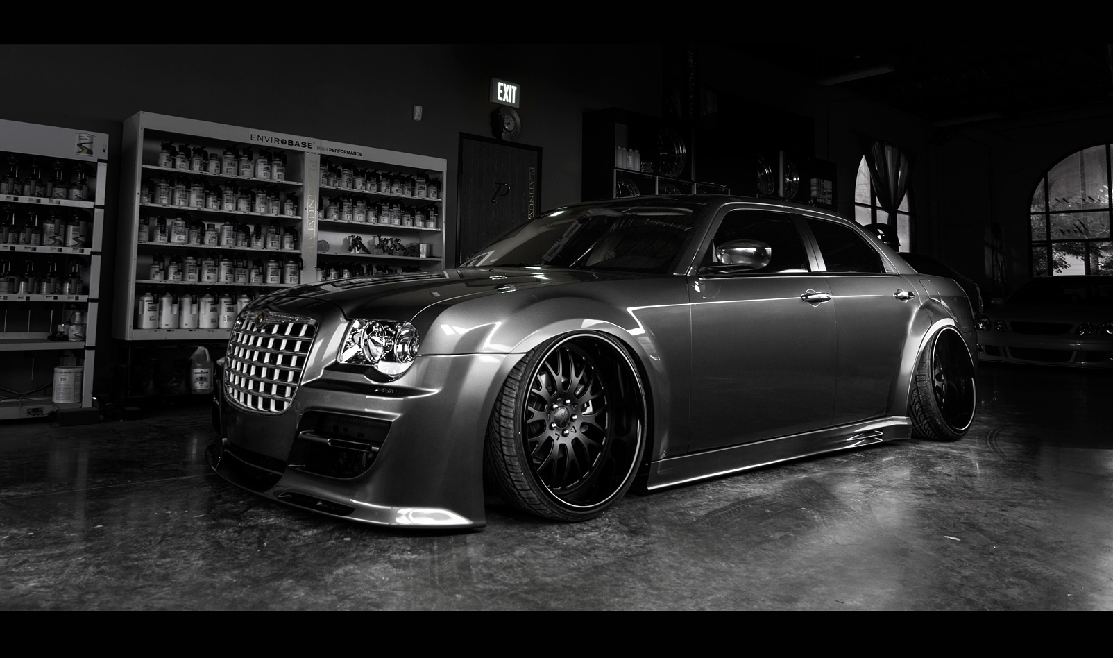 rims for chrysler 300c massive savings on chrysler wheels. Black Bedroom Furniture Sets. Home Design Ideas