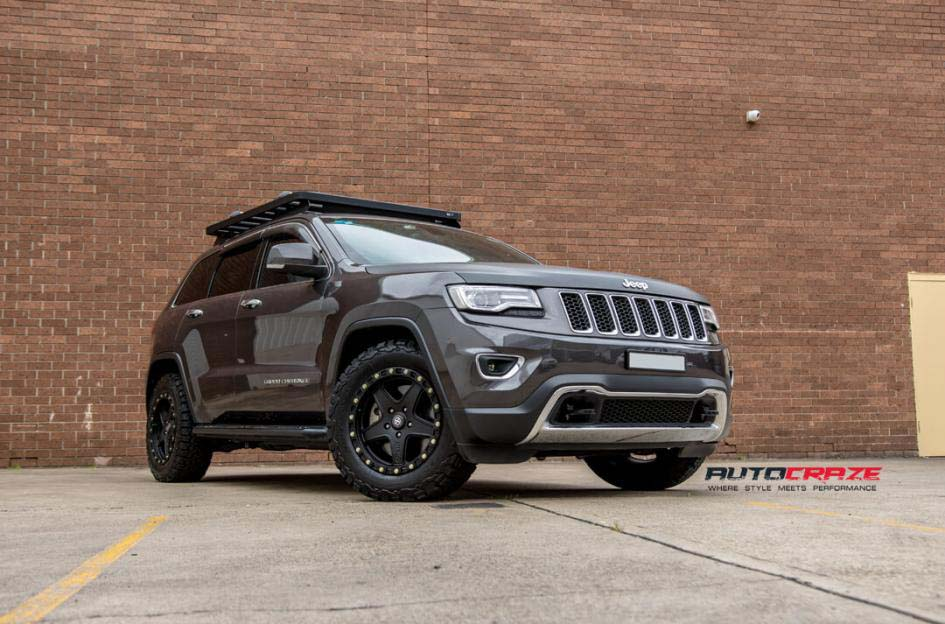 19Jeep Grand Cherokee with American Racing ATX Ravine Wheels and BF Goodrich Tyre Front Close Shot Janurary 2018_large