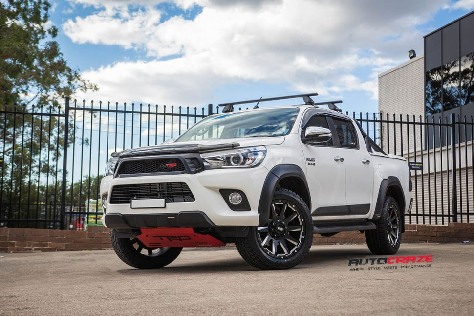toyota_hilux_wheels_for_sale_AutoCraze_2017