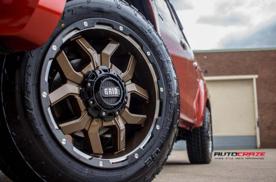 Isuzu Dmax with Grid Gd07 wheel and nitto terra grappler tyre front wheel close up shot february 2018
