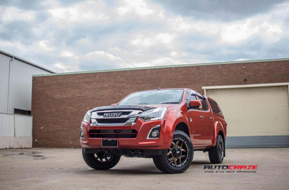 Isuzu Dmax Grid Gd07 wheel nitto terra grappler tyre front wide angle shot february 2018
