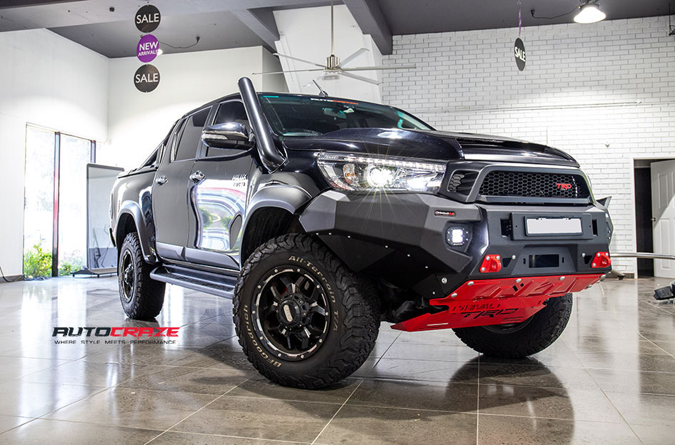 Toyota Hilux Grid GD07 Wheels BFG Tyres Front Close Shot Gallery August 2018