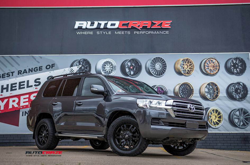 Toyota Landcruiser Fuel Sledge Matte Black Wheels Nitto Terra Grappler G2 Tyres Front Close Up Shot Janurary 2017