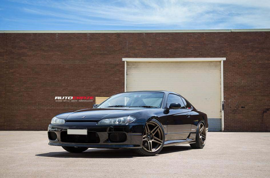 Nissan S15 with Concave Concept CC03R Wheels and Achilles tyre front wide angle Shot March 2018