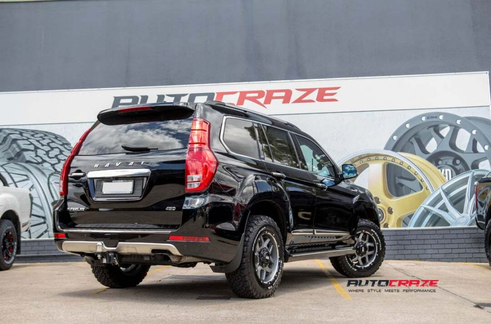 Haval H9 with Grid GD07 wheels and bf goodrich tyre rear wide angle shot march 2018