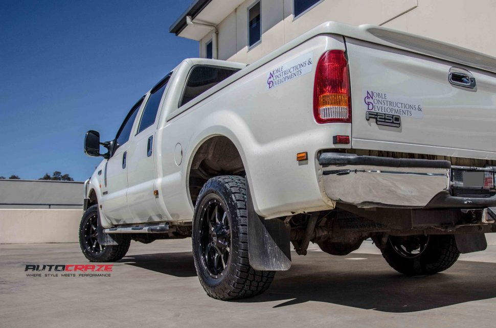 Ford F250 with Moto metal MO970 wheel and nitto tyre rear wide angle shot march 2018