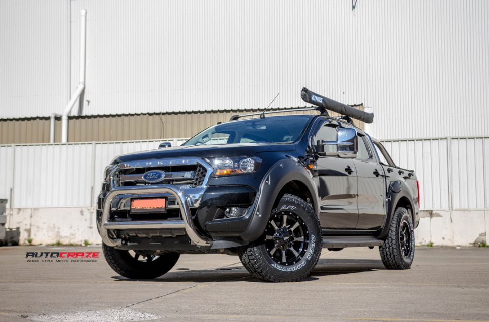 Ford Ranger with Moto Metal mo970 wheel and toyo tyres front wide angle shot march 2018