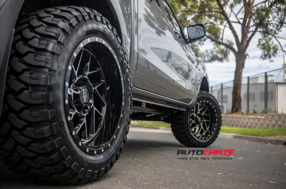 Mazda BT-50 Moto Metal MO985 Wheels Rear Fitment Close Up Shot Gallery February 2018