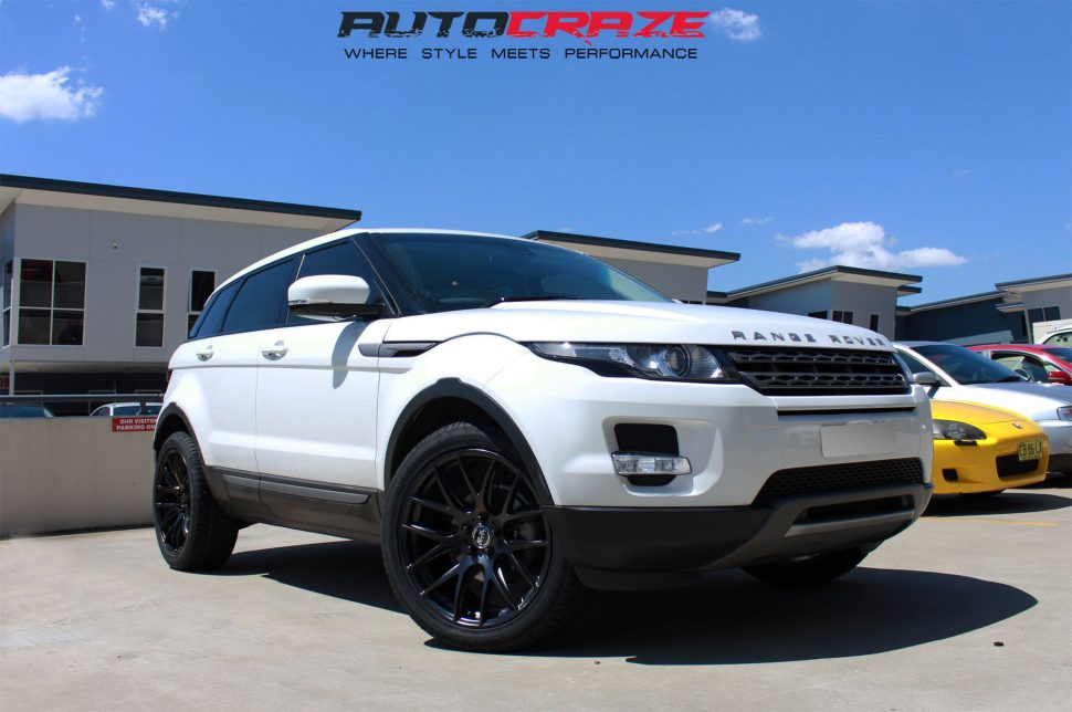 Range Rover Evoque with OX Wheel and Achilles tyre front wide angle shot april 2018