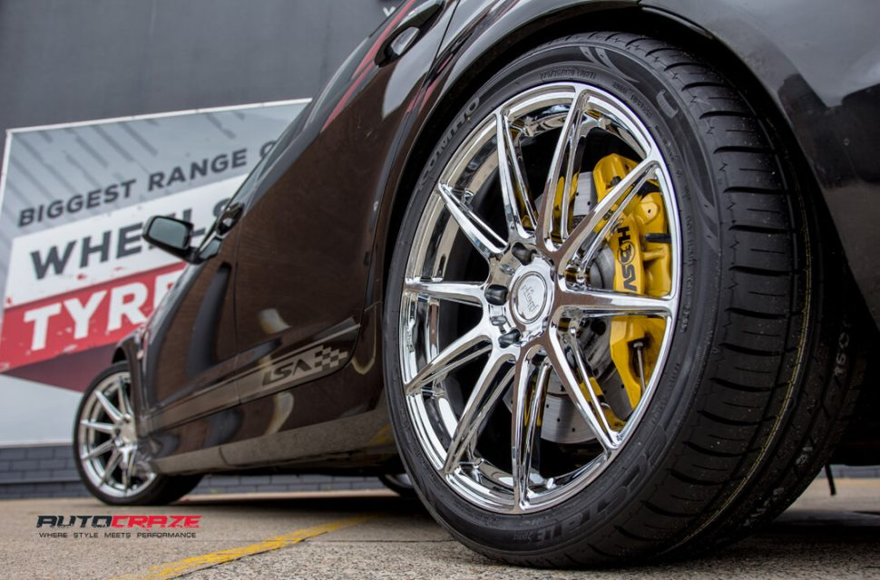 Holden Commodore Niche Essen Wheels Kumho Tyres Rear Fitment Close Up Shot Gallery Janurary 2018