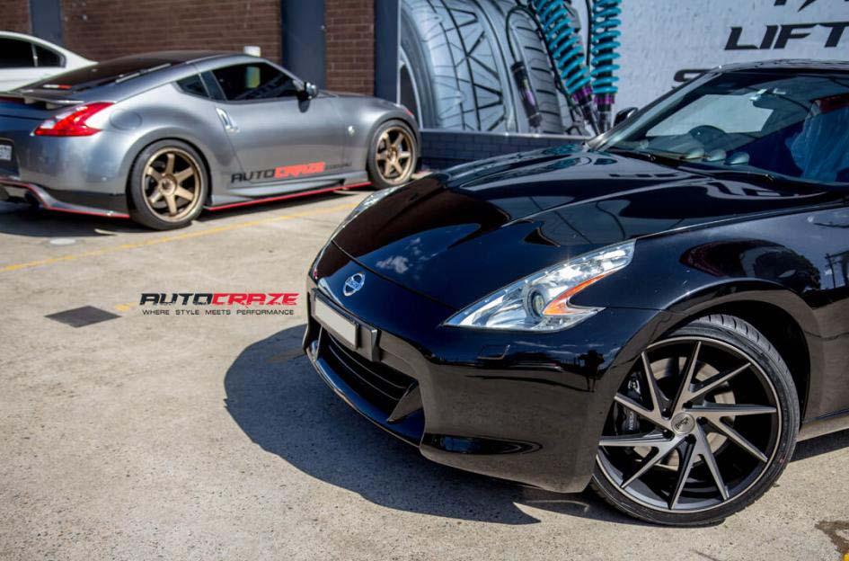 Nissan 370z with Niche Invert Wheels and Nitto invo tyres front wheel close up shot february 2018