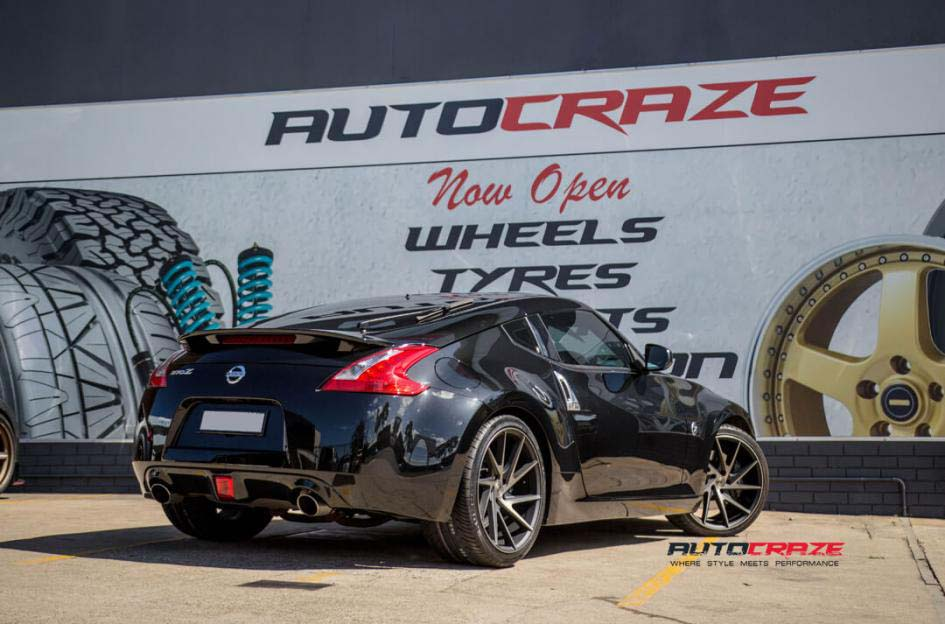 Nissan 370z with Niche Invert Wheels and Nitto invo tyres rear wide angle shot february 2018