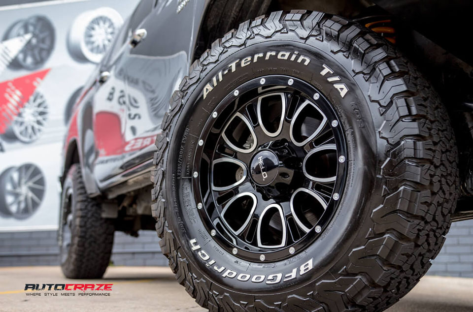 Toyota Hilux HELO HE879 Wheels BF Goodrich Tyres Front Fitment Close Up Shot Janurary 2018