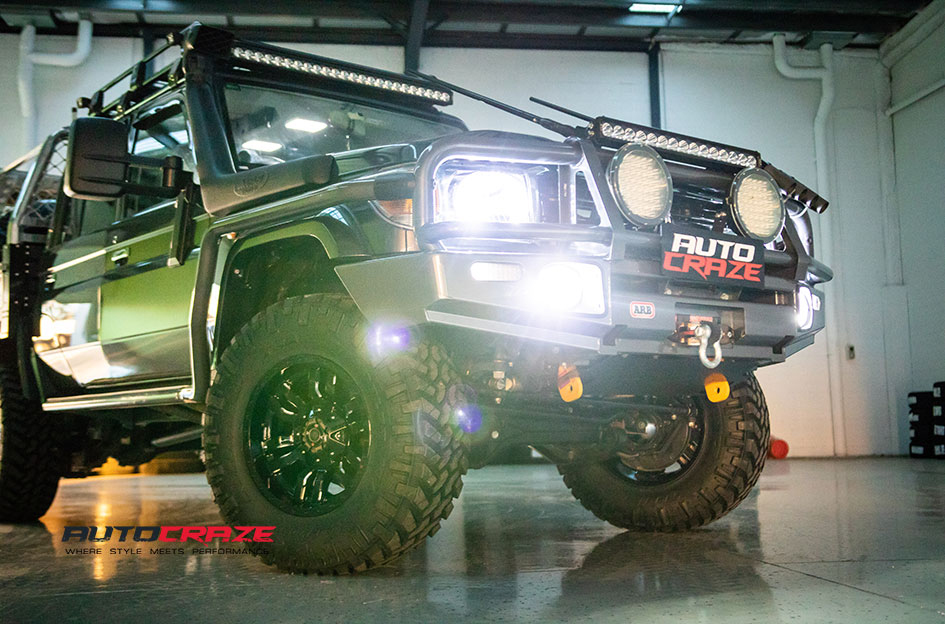 Toyota Landcruiser Fuel Sledge Wheels Nitto Tyres Wheel Close Up Shot Gallery May 2018