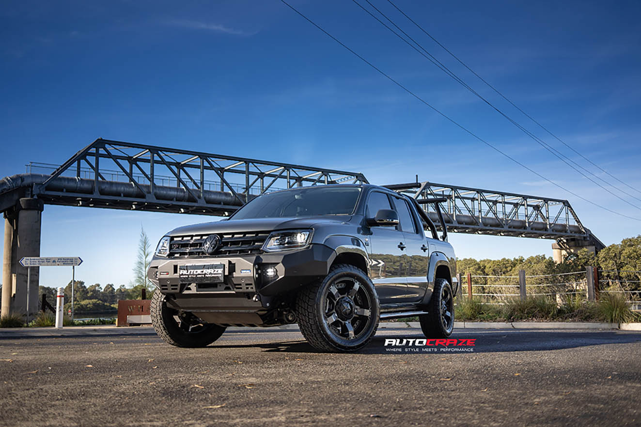 Volkswagen Amarok Roll-R-Cover named the Black Mamba. Fitted with a Rival Bar and KMC Rockstar 2 wheels.