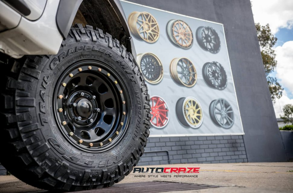 Toyota Hilux King D-Locker Wheels Nitto Trail Grappler Tyres Lift Kit Wheel Close Up Shot Gallery March 2018
