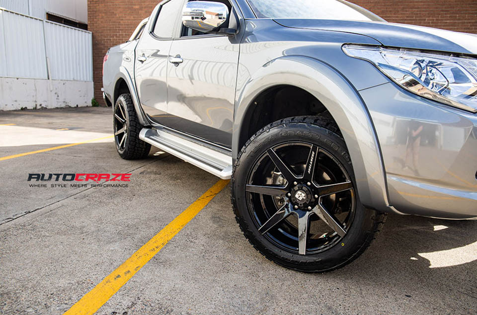 Mitsubishi Triton Diesel Avalanche Wheels Nitto Tyres Front Fitment Close Up Shot August 2018