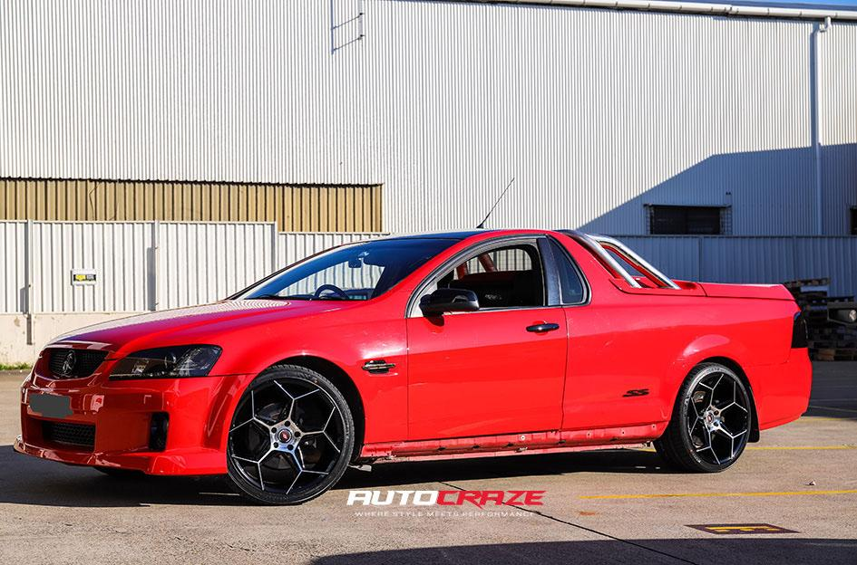 18Red Holden Commodore Inforged IFG40 Wheels Front Shot Gallery July 2020_large
