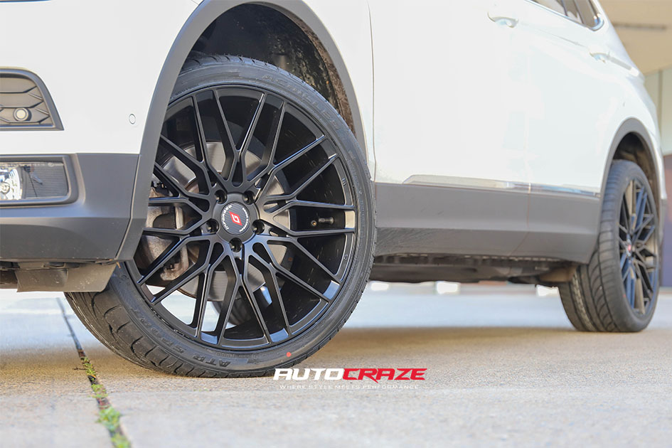 Volkswagen Tiguan Inforged IFG34 Wheels Front Fitment Shot Gallery May 2020