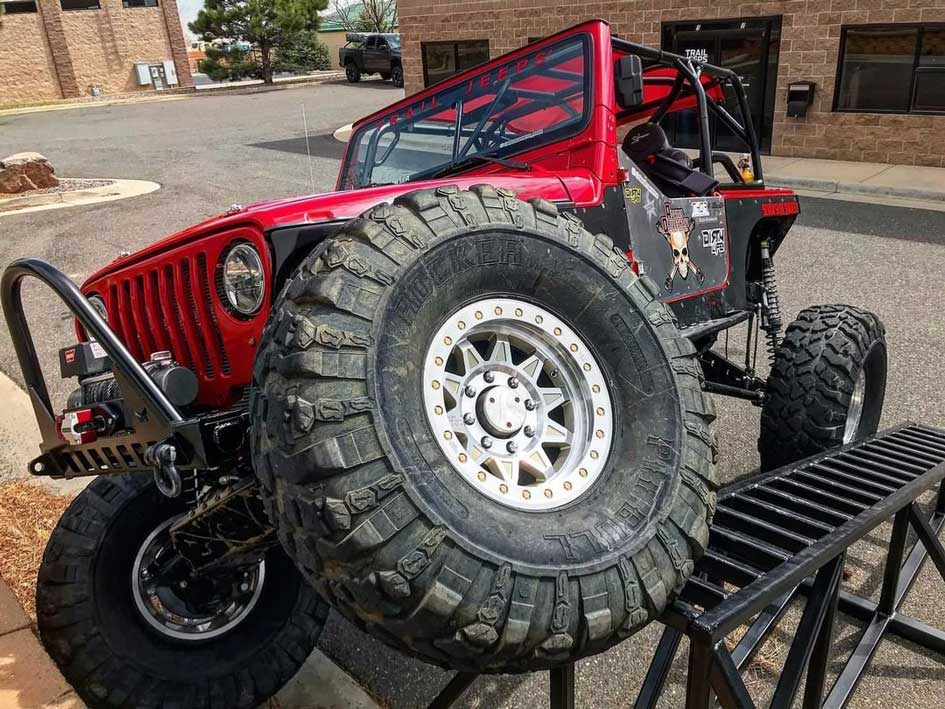 Red Flex Jeep Wrangler Dirty Life Wheels