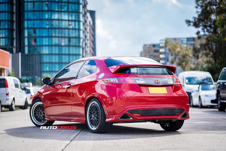 Honda-Civic-Type-R-Mason-ZR5-Rear-Shot