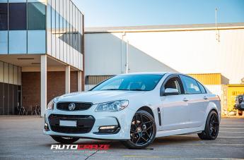 Holden COMMODORE VF LEMANS GLOSS BLACK
