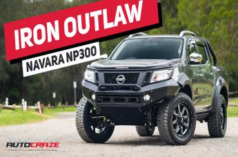 Nissan NAVARA MO970 GLOSS GREY CENTRE WITH BLACK LIP