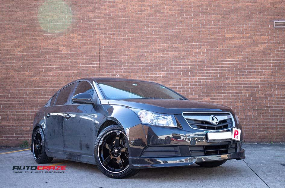 HOLDEN CRUZE PETROL  2013 ONWARDS  MR116 GLOSS BLACK MACHINED EDGE