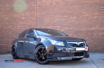 HOLDEN CRUZE PETROL  2013 ONWARDS  MR116 GLOSS BLACK MACHINED EDGE  small