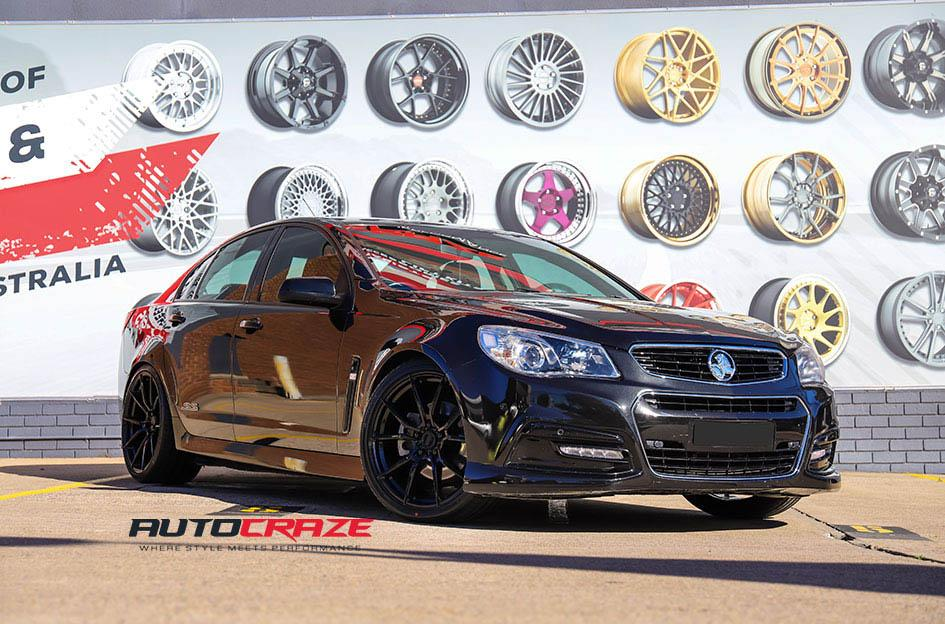 HOLDEN COMMODORE VF VENOM GLOSS BLACK