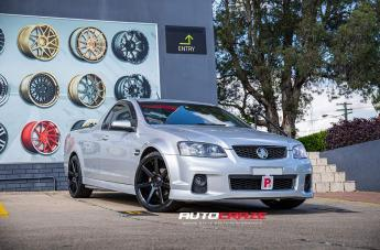 Holden COMMODORE VE UTE VERONA GLOSS BLACK