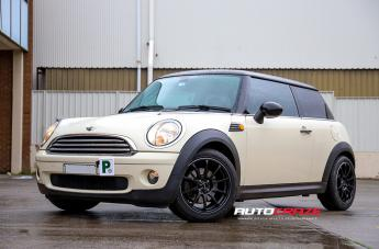 MINI Mini Cooper HALO SATIN BLACK