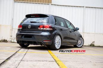VOLKSWAGEN GOLF RSE SILVER  small