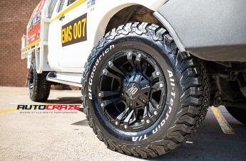 TOYOTA HILUX 4WD MONSTER XD 2 MATTE BLACK  small