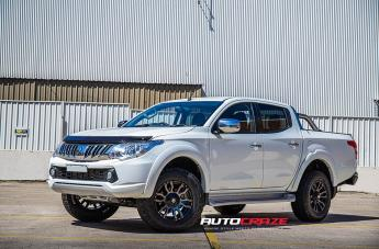 Mitsubishi TRITON FLORIDA MACHINED FACE BLACK MATTE GREY TINT