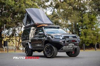 Toyota HILUX 4WD VAPOUR MATTE BLACK SILVER BOLTS