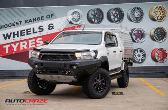TOYOTA HILUX 4WD MO970 SATIN BLACK MILLED ACCENTS  small