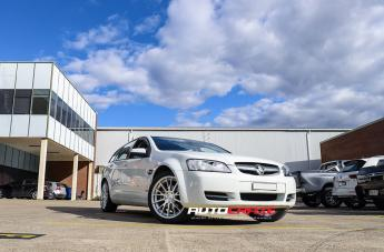 Holden COMMODORE VE WAGON AR904 SILVER MACHINED FACE