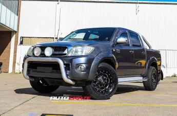 Toyota HILUX 4WD BOOST GLOSS BLACK MILLED ACCENTS