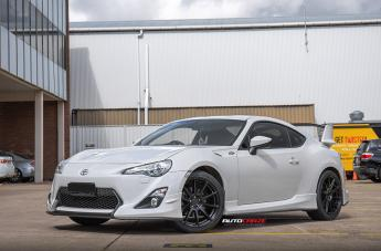 TOYOTA 86 ESSEN SATIN BLACK  small