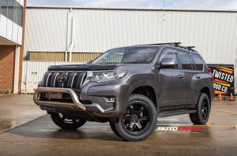 Toyota PRADO SIX MATTE BLACK