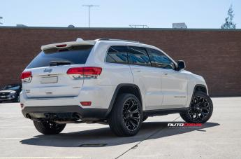 JEEP GRAND CHEROKEE ASSAULT GLOSS BLACK MILLED ACCENTS  small