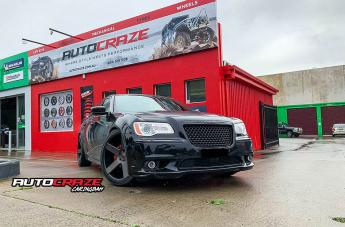 Chrysler 300C BALLER BLACK AND DDT