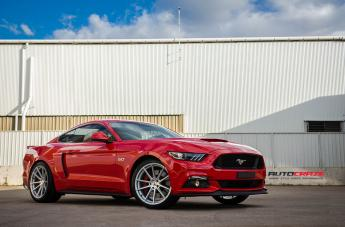 FORD MUSTANG BATHURST SILVER  small