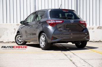 TOYOTA YARIS CHALLENGE HYPER SILVER  small